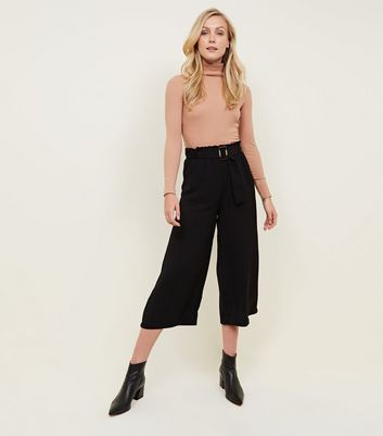 Black Cropped Waist Buckle Culottes