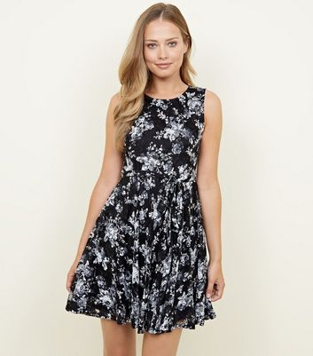 Mela Black Floral Print Lace Skater Dress