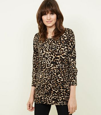 Cameo Rose Brown Leopard Print 3/4 Sleeve Top