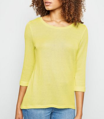 Pale Yellow 3/4 Sleeve Fine Knit Top