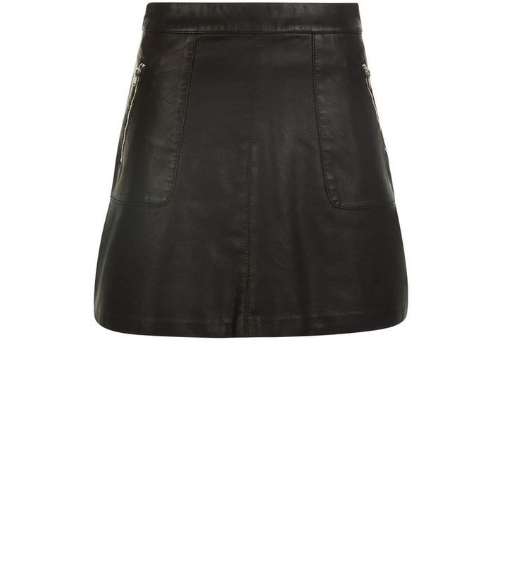 d8409b77fac1 Petite Black Leather-Look Zip Pocket Front Mini Skirt | New Look