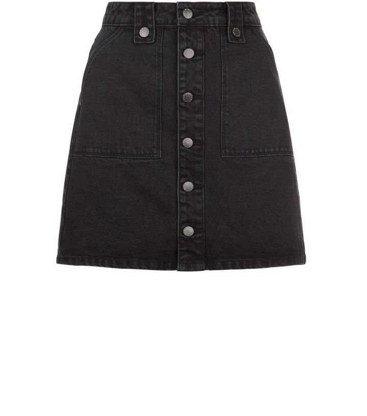 5429956f07 Jupe trapèze en jean noir boutonnée sur le devant   New Look