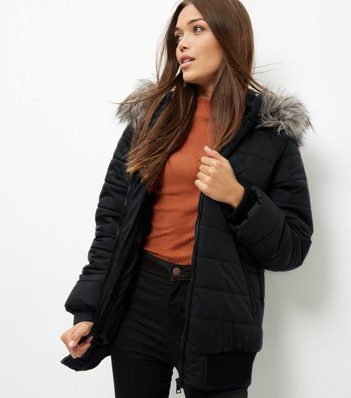 6bfef365d90f Black Faux Fur Trim Quilted Hooded Puffer Jacket | New Look