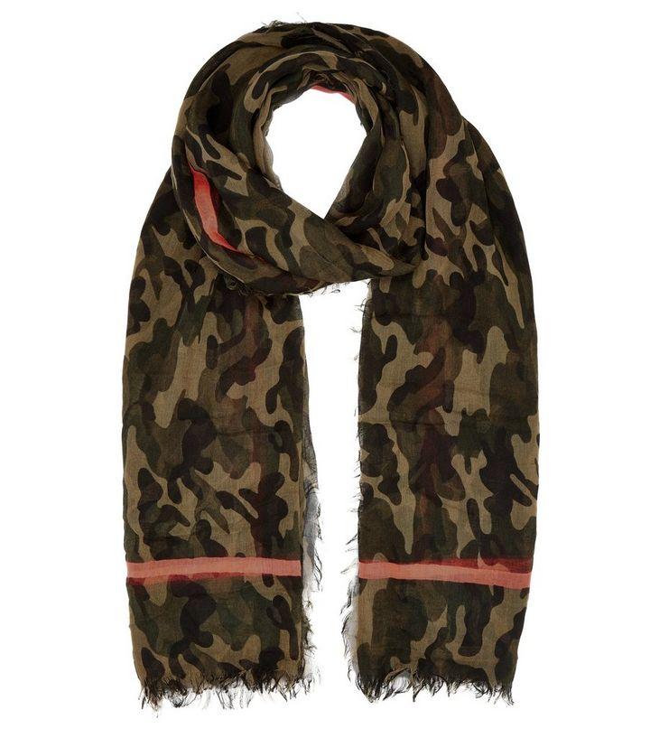 plutôt cool magasin d'usine Prix usine 2019 Long foulard kaki avec bordures à imprimé camouflage contrastant Ajouter à  la Wishlist Supprimer de la Wishlist