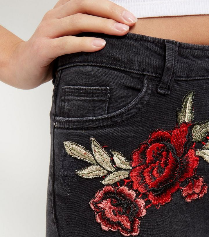 5a96c9b806a7 Black Rose Embroidered Ripped Knee Skinny Jeans New Look