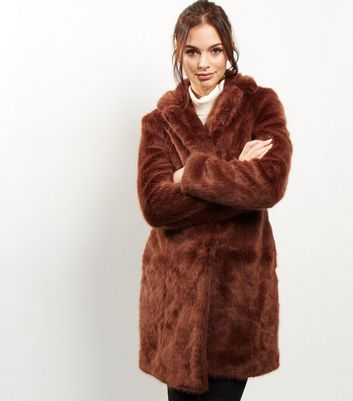 Manteau Marron En Fausse Fourrure New Look