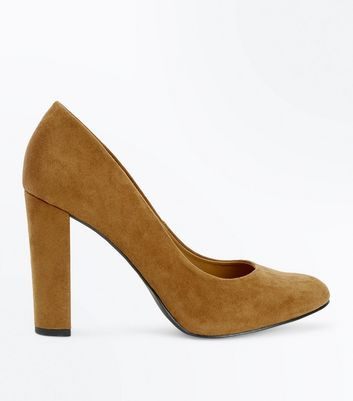 Wide Fit Tan Suedette Block Heel Courts New Look
