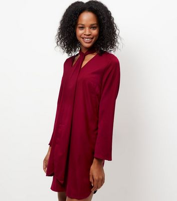 Mela Burgundy Bow Front Shift Dress New Look