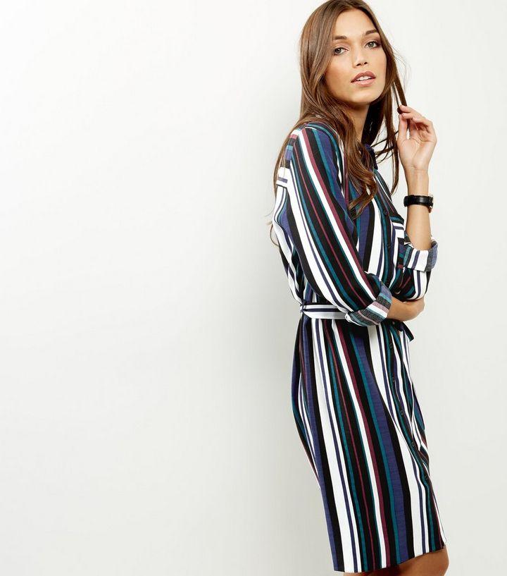 classique chic nouveau design gamme complète d'articles Robe chemise bleue rayée avec lien à la taille Ajouter à la Wishlist  Supprimer de la Wishlist