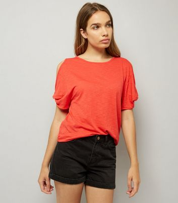 Red Twist Sleeve Cold Shoulder T-Shirt New Look