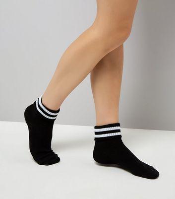 Black Contrast Stripe Sports Socks New Look