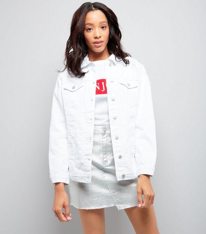 sale retailer 127af 1213a Weiße Jeansjacke im Used-Look Für später speichern Von gespeicherten  Artikeln entfernen