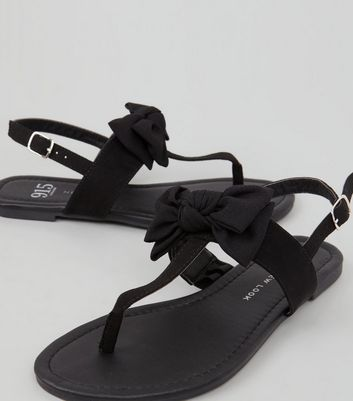 Teens Black Suedette Bow Front Sandals New Look