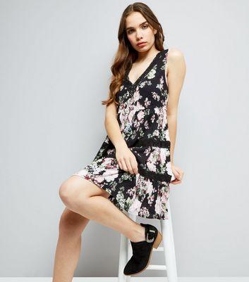 Black Floral Print Crochet Trim Dress New Look