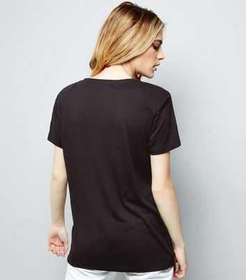 Black Shoulder Pad Boyfriend T-Shirt New Look