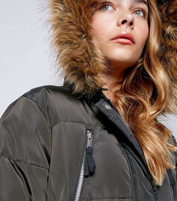 Teens Khaki Faux Fur Trim Puffer Jacket New Look
