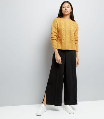 Petite Yellow Cable Knit Crew Neck Jumper New Look