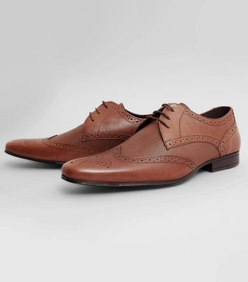 brown-leather-textured-brogues