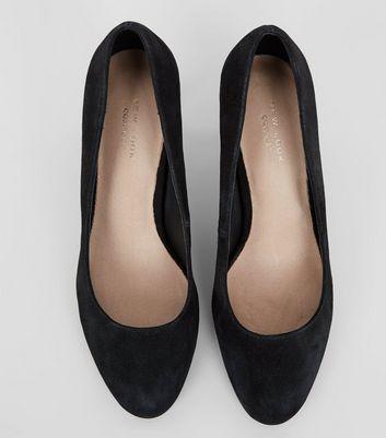 Black Comfort Suede Court Heels