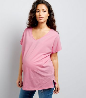 Maternity Pink V Neck Oversized T-Shirt New Look