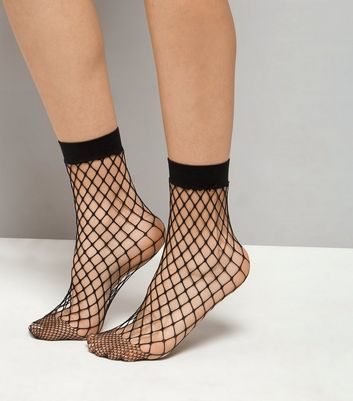 Black Oversized Fishnet Socks New Look