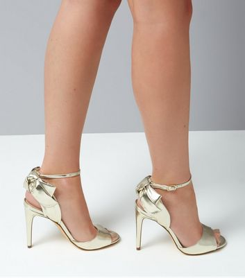 Gold Bow Heeled Sandals New Look