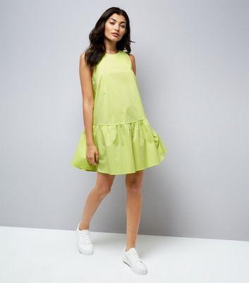 Green Drop Peplum Hem Dress New Look