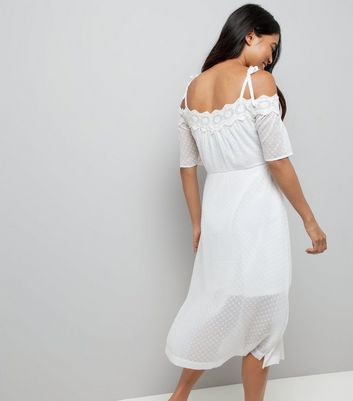 Petite White Cold Shoulder Crochet Dress New Look