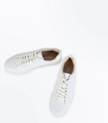 White Contrast Inner Lace Up Trainers New Look