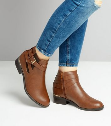 Teens Tan Metal Trim Ankle Boots New Look
