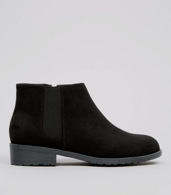 Teens Black Suedette Low Heel Chelsea Boots New Look