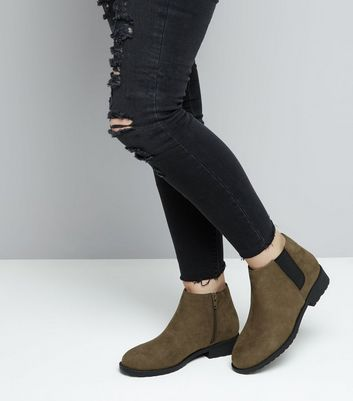 Teens Khaki Suedette Low Heel Chelsea Boots New Look
