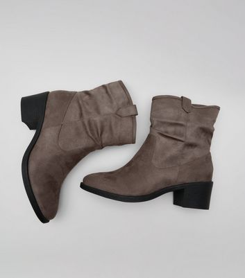 Wide Fit Grey Suedette Slouch Boots New Look