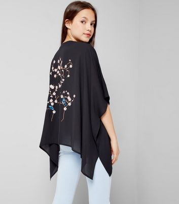 Teens Black Floral Embroidered Kimono New Look