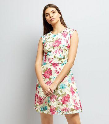 Mela Cream Floral Print Sleeveless Dress New Look