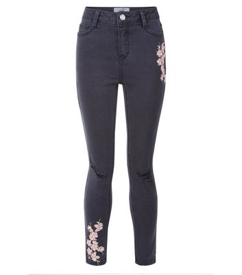 Teens Black Floral Embroidered Skinny Jeans New Look