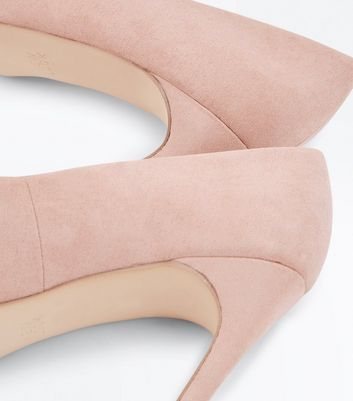 Wide Fit Cream Suedette Pointed Court Shoes New Look
