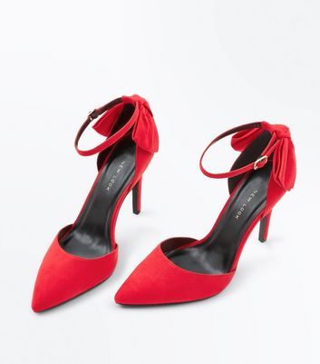 Wide Fit Red Suedette Bow Back Pointed Heels New Look