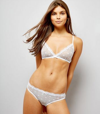 white-floral-lace-bralet-briefs-set