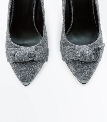 Silver Glitter Bow Pointed Court Heels New Look