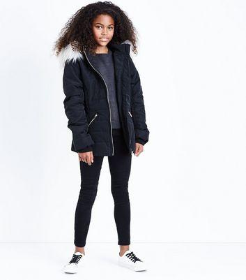 Teens Black Faux Fur Trim Hooded Puffer Jacket New Look