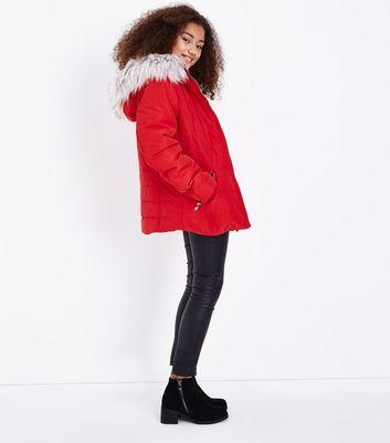 Teens Red Faux Fur Trim Hooded Puffer Jacket New Look