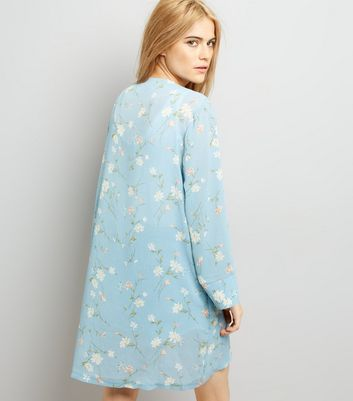 Cameo Rose Blue Floral Print Kimono New Look