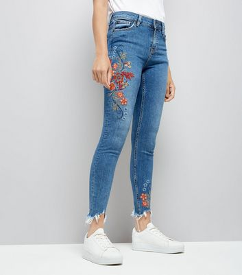 Blue Floral Embroidered Distressed Hem Skinny Jenna Jeans New Look