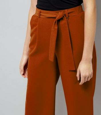 Brown Crepe Tie Waist Cropped Trousers New Look