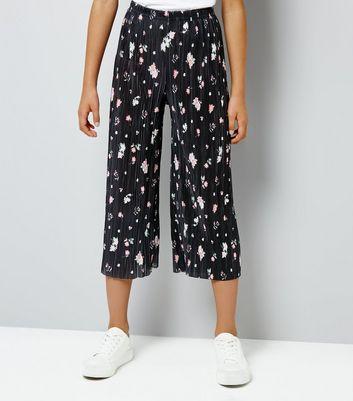 Teens Black Floral Pleated Crop Trousers New Look