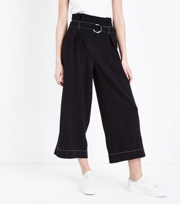 Black D Ring Belt Contrast Stitch Cropped Trousers New Look