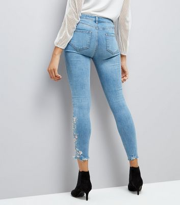 Pale Blue Floral Embroidered Fray Hem Skinny Jenna Jeans New Look