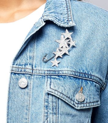 silver-star-diamante-safety-pin-brooch