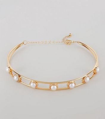 Gold Pearl Embellished Torque Necklace New Look
